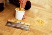 Чем заделать щели в деревянном полу
