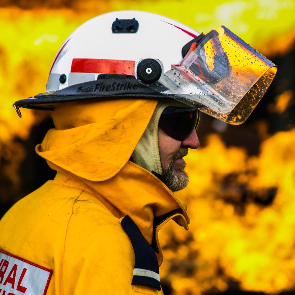 В Новом Южном Уэльсе не хватает людей для тушения лесных пожаров