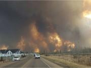 Лесной пожар в Fort McMurray обошелся почти в 10 миллиардов долларов